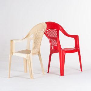 кресло пластиковое бежевое и красное